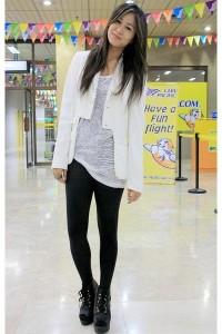 black-wagw-leggings-white-ralph-lauren-buy-bestfinds-thriftshop-blazer-whit_400